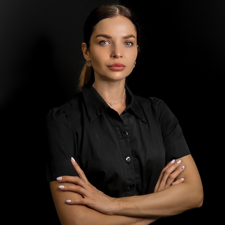 Блищук Оксана Іванівна - дерматокосметолог, засновник MediDerm, косметолог Житомир